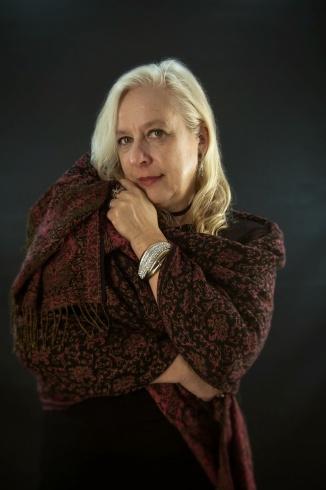 anya-wassenberg-wrapped-in-shawl